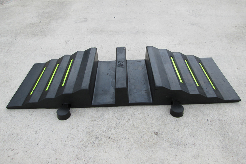 Polymer/rubber Hose ramp